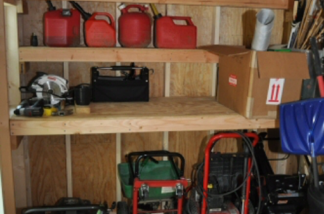 10x10 shed shelves
