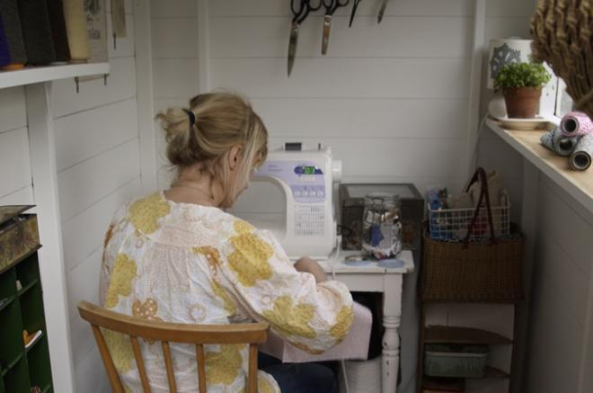 tiny shed sewing room building