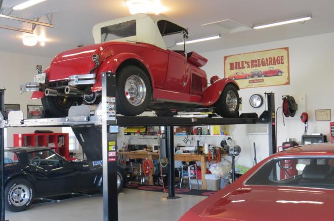 garage building antique cars