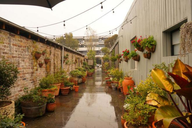 ideas for gardening potting shed online 1