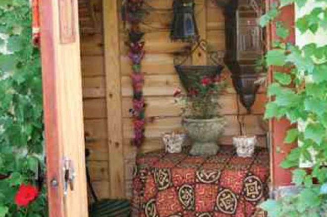 potting shed for the backyard