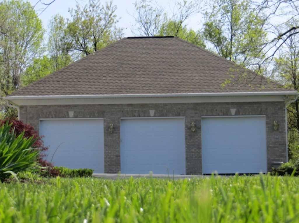 3 car amish built garage 0