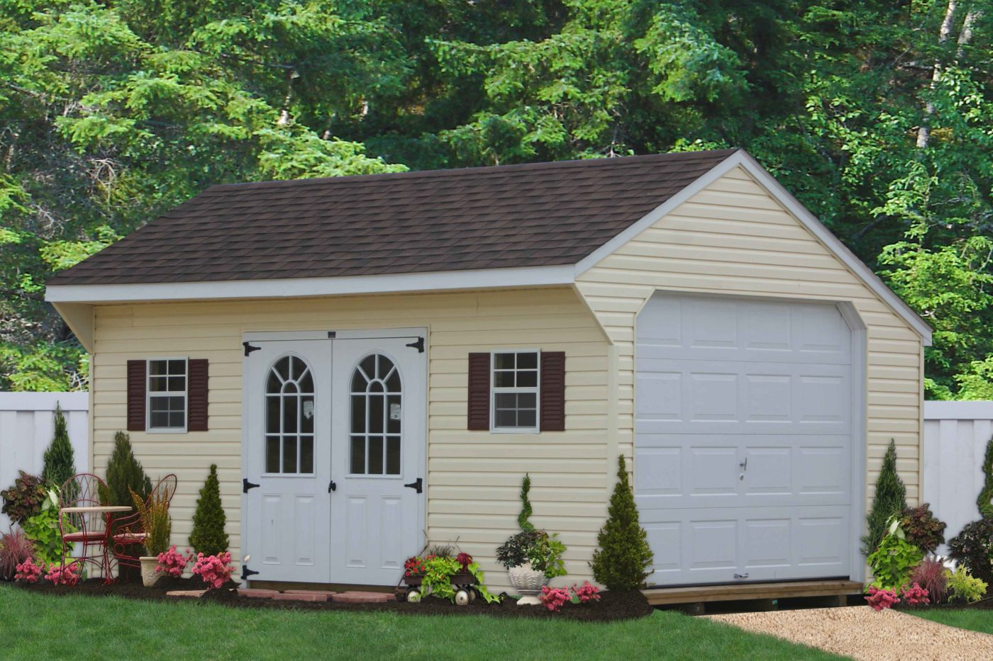 saltbox style garage by amish builders