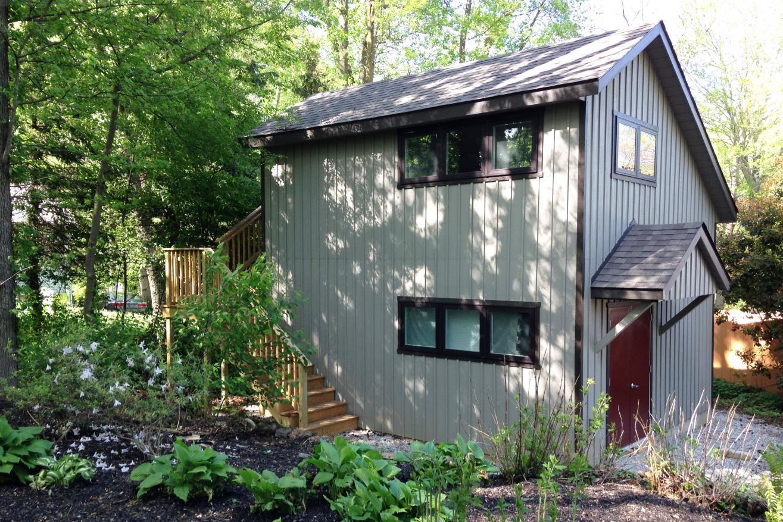modern prefab back yard office