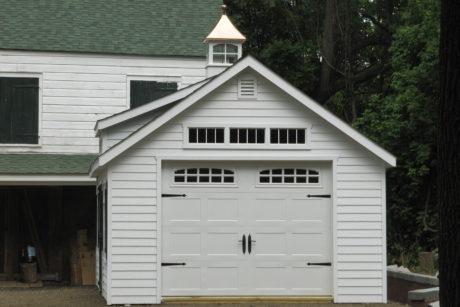 1 beautiful single garage for vehicle
