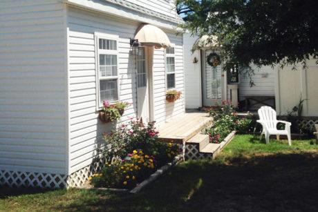 cabin room guest rooms