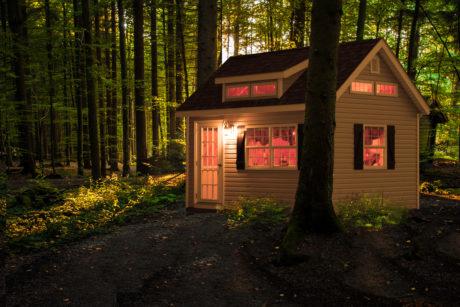small backyard cabin pa