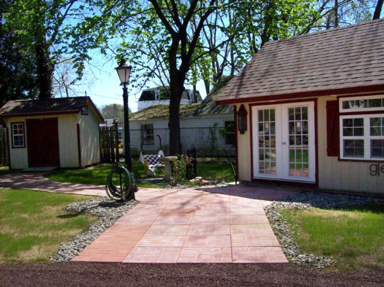 carol and garden sheds